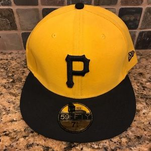 Pittsburgh Pirates MLB New Era Fitted Baseball Hat